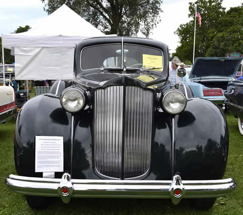 1938 Packard 1603 Super 8 Touring Sedan